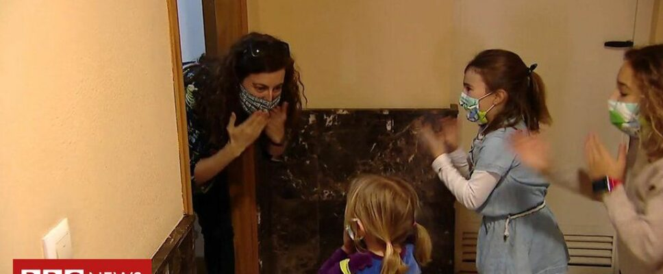 Coronavirus: Spanish family reunited after two months apart