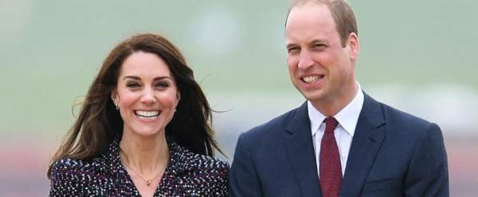 Kate and William Share New Family Photo of Prince George and Princess Charlotte